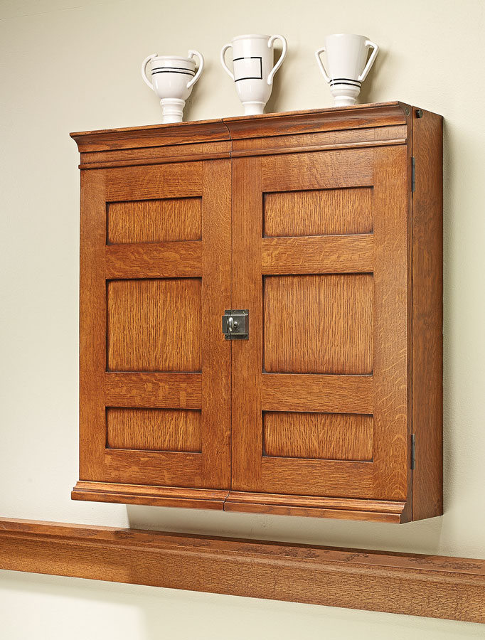 This traditional cabinet is the perfect home for your dartboard. It's exactly the treatment this classic game deserves.