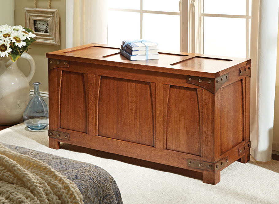 Functionality and beauty combine in this classic piece of American fine furniture. Best of all, it's every bit as practical as it is attractive.