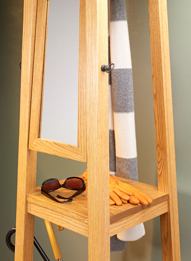 This stylish project is the perfect storage solution for any hall or entryway. You'll find places to stash your umbrellas, coats, and more.
