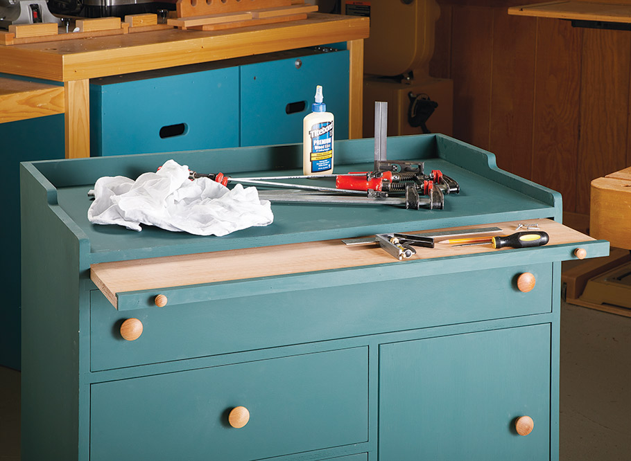 Think of this cart as the trusty sidekick to your workbench. With a thick top, pull-out tray, and plenty of storage, you'll find it a welcome addition to your shop.