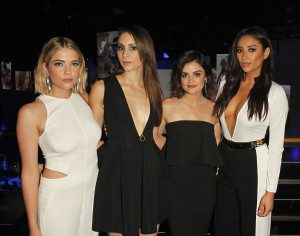ASHLEY BENSON, TROIAN BELISSARIO, LUCY HALE, SHAY MITCHELL (Pretty Little Liars)