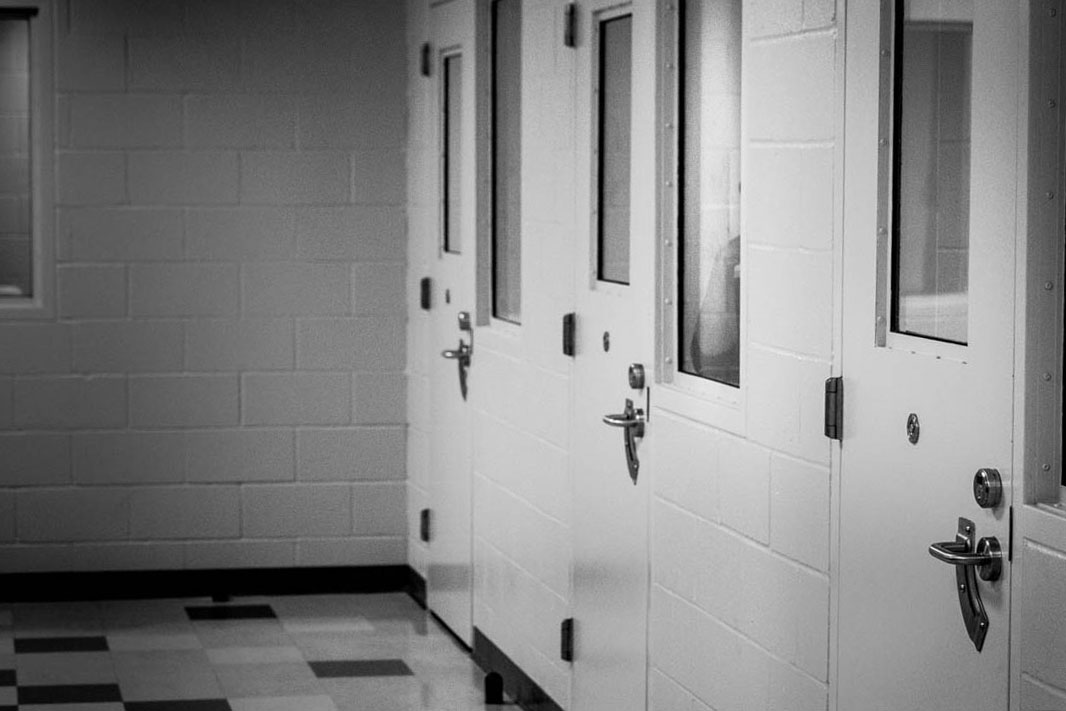 Diverting Teens from Lockup. What Alternative Programs Look Like.