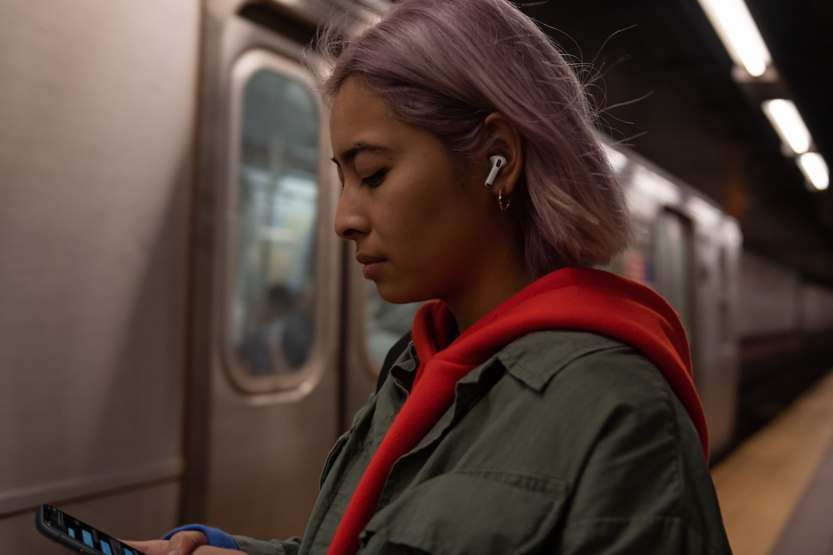 Apple Reveals New AirPods Pro for $249
