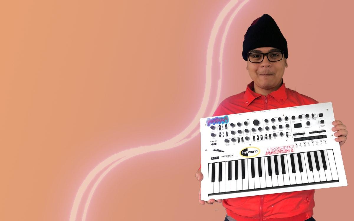 Vintage Jumbo Synthesizer (Apr 13-23)