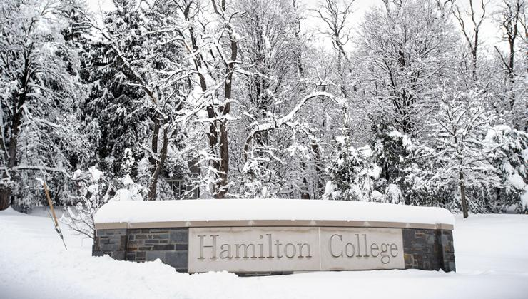 A snowy day on the Hill.