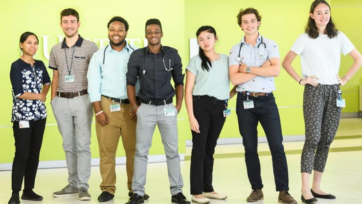 Amanda Nuth '21, Vince Sorrentino '20, Christian Albino '21, Shaquelle Levy '20, Susanna Yee '19, Gabriel Linden '20, and Alex Blomfield '20 at Upstate SUNY Medical Center.