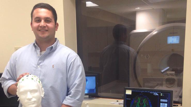 Alexander Baradari '17 at the Rocco Ortenzio Neuroimaging Lab.