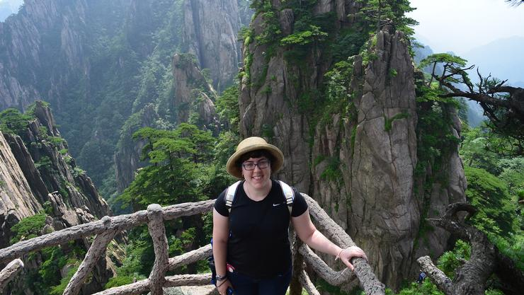 Laura Becker '16 in China.