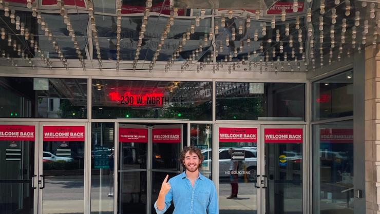Ben Leit '22 outside The Second City in Chicago.