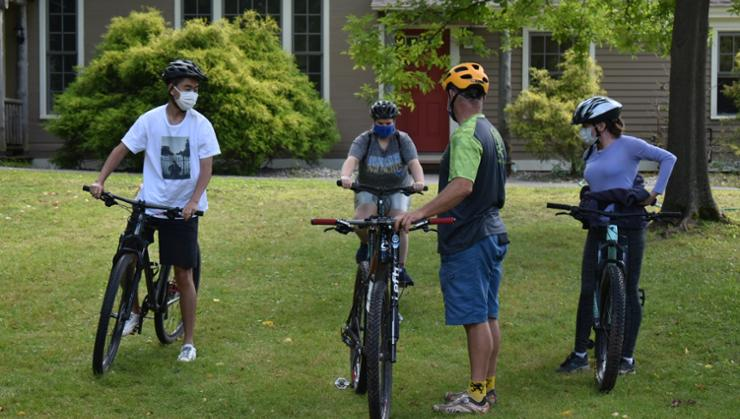 Students prepare to take off on a guided bike trip from Glen House.