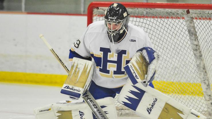 Men's Hockey goalie Evan Buitenhuis '18.