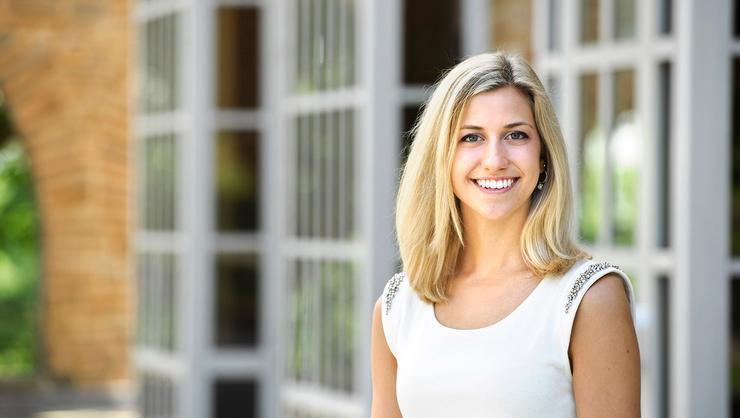 Charlotte Carstens '16