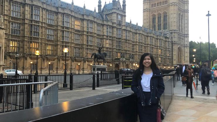 Michelle Chung '20 outside Parliament.