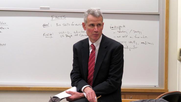 Harvard Business School's Clark Callahan P'18 spoke to Hamilton government classes.