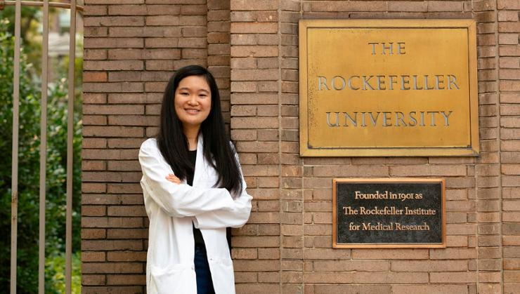 Elaine Yip '21 is a research assistant in Nobel Prize-winning virologist Charles Rice's lab at The Rockefeller University.