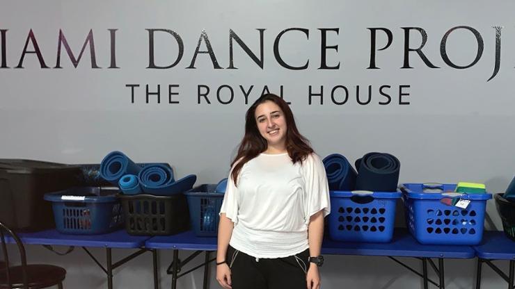 Faby Alvarez '22 at her internship at the Miami Dance Project.