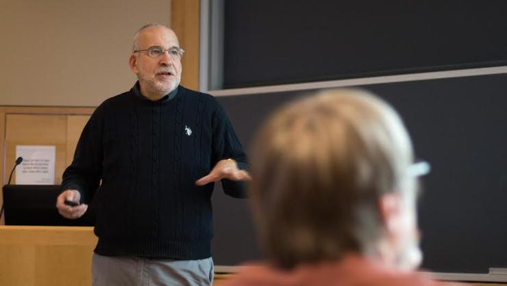 Syracuse University geologist and hydrofracking expert Don Siegel spoke to a packed house in the Taylor Science Center on Nov. 29.