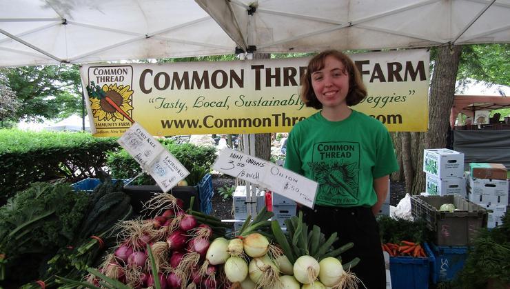 Haley Tietz '19 at the Clinton Farmer's Market