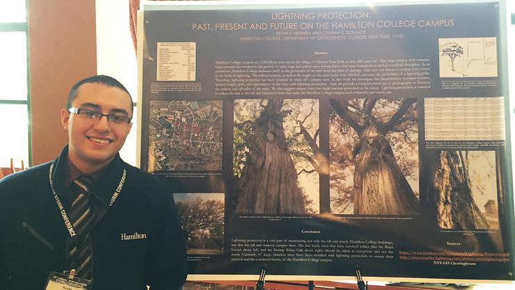 Kevin Herrera '16 presented a poster at the Northeastern Storm Conference.