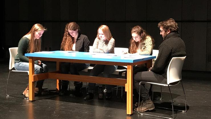 Alexei Smith '19, Hannah McLean '19, Kayley Boddy '22, Emily Midgley '21, and Austin Ford '19 take part in It's Writ!