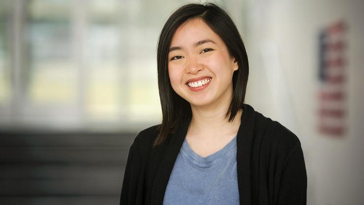 Julie Lin '17.