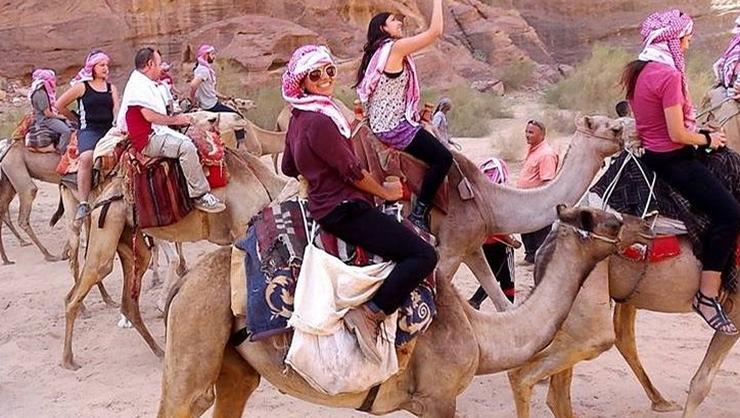 Brenda Narvaez '17 in Jordan