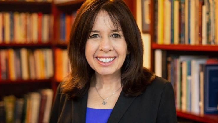 Julie Parker '83