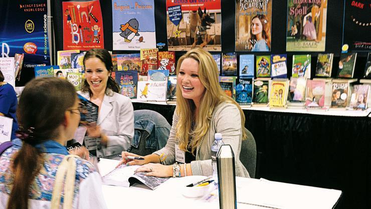 Author Sarah Maas '08 at a book-signing event.