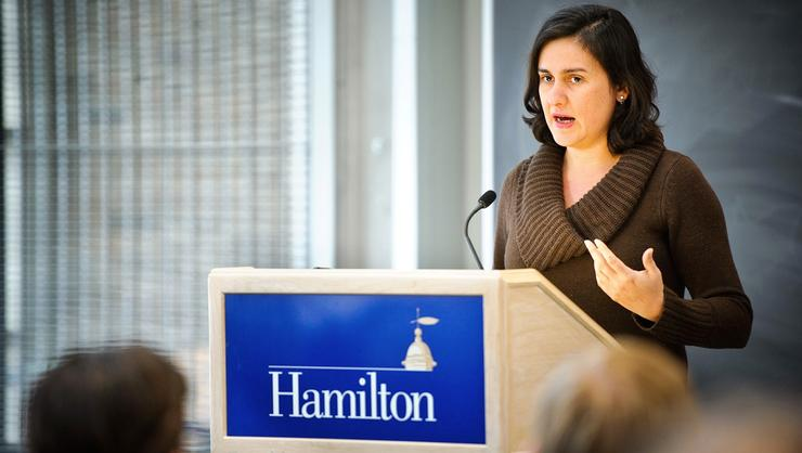 Kamila Shamsie '94 speaking at a Hamilton event.