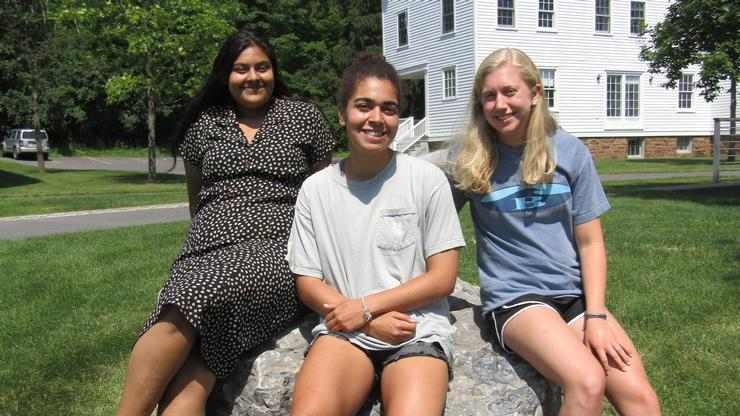 From left, research group Ravena Pernanand '21, Rachel Pike '21, Abigail Roller '21.