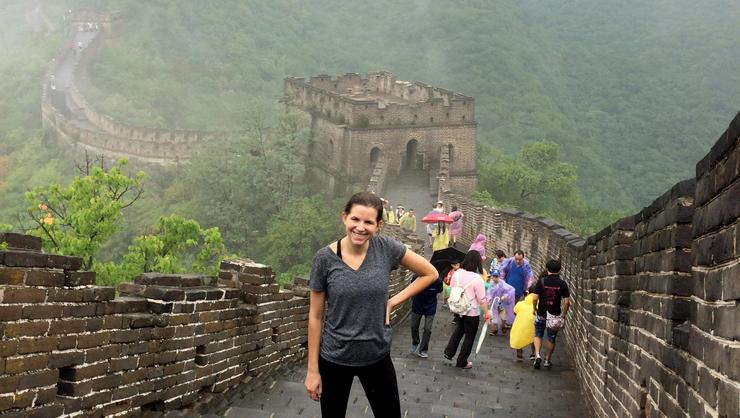 Annie Whitehurst '16 at the Great Wall of China