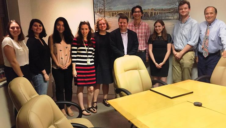 Students in the Program in Washington D.C. with Frank Vlossak '89 and George Baker '74 at Williams & Jensen.