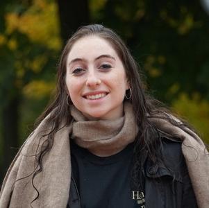 Julia Rosenbaum '19