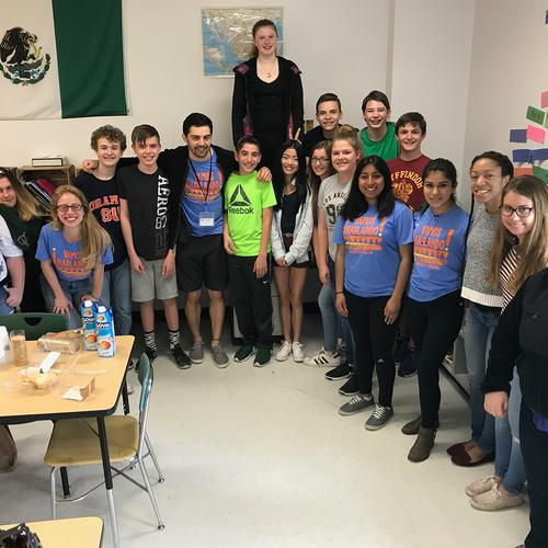¡vamos hablando!  group photo at Westmoreland Middle School Spring 2017