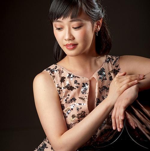 Fei-Fei, piano