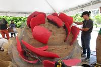 Students, Artist Elias Sime Collaborate to Create Wellin Sculpture