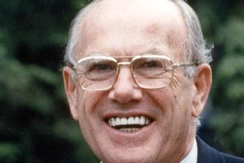 Hamilton Mourns Life Trustee Hans H. Schambach '43