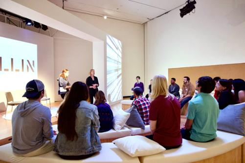Class at the Wellin Museum