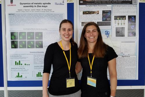 Weiss '19, Nannas Present Research in France