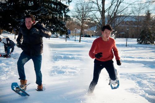 febfest snowshoe race