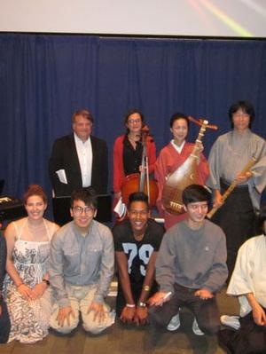 Silent film musicians and a benshi with Hamilton's performers