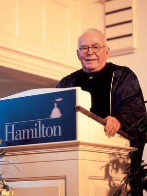 Dick Couper giving 2004 Class & Charter Day speech