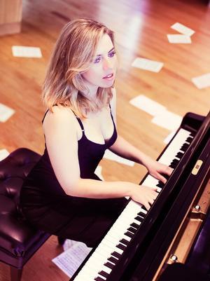 Natasha Paremski, Symphoria pianist