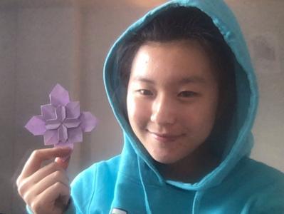 Michelle Liu '23 - coding, origami