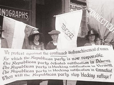 Members of the National Women's Party protest
