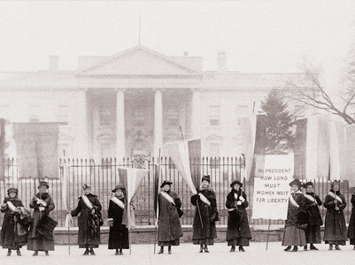 Women picket in 1917 outside the White House