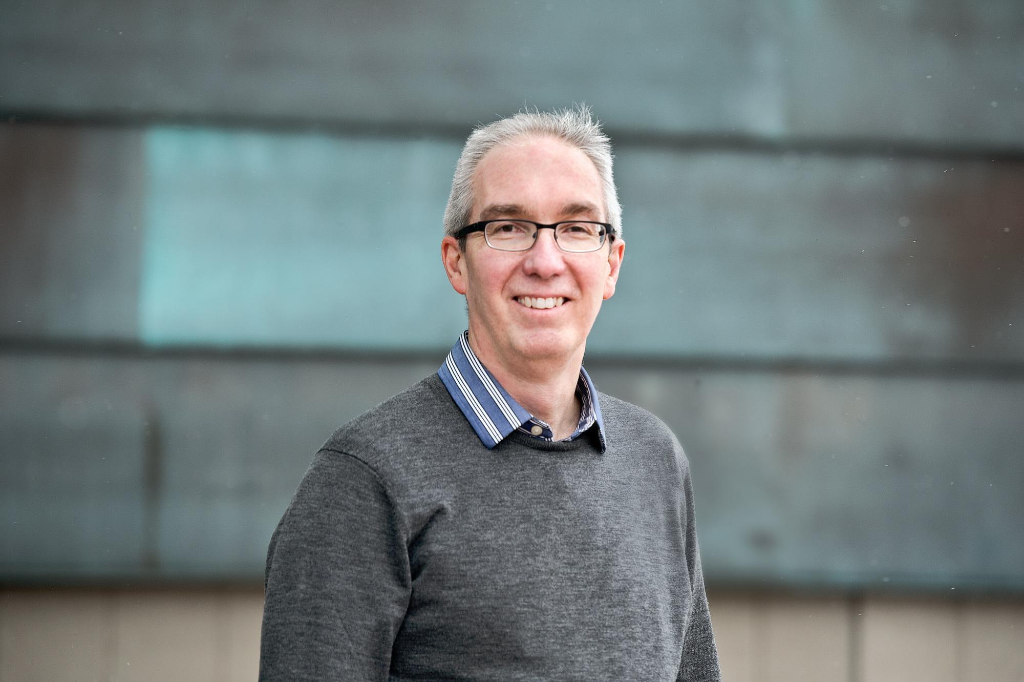 Emeritus Professor Peter J. Rimmer AM - Researchers - ANU