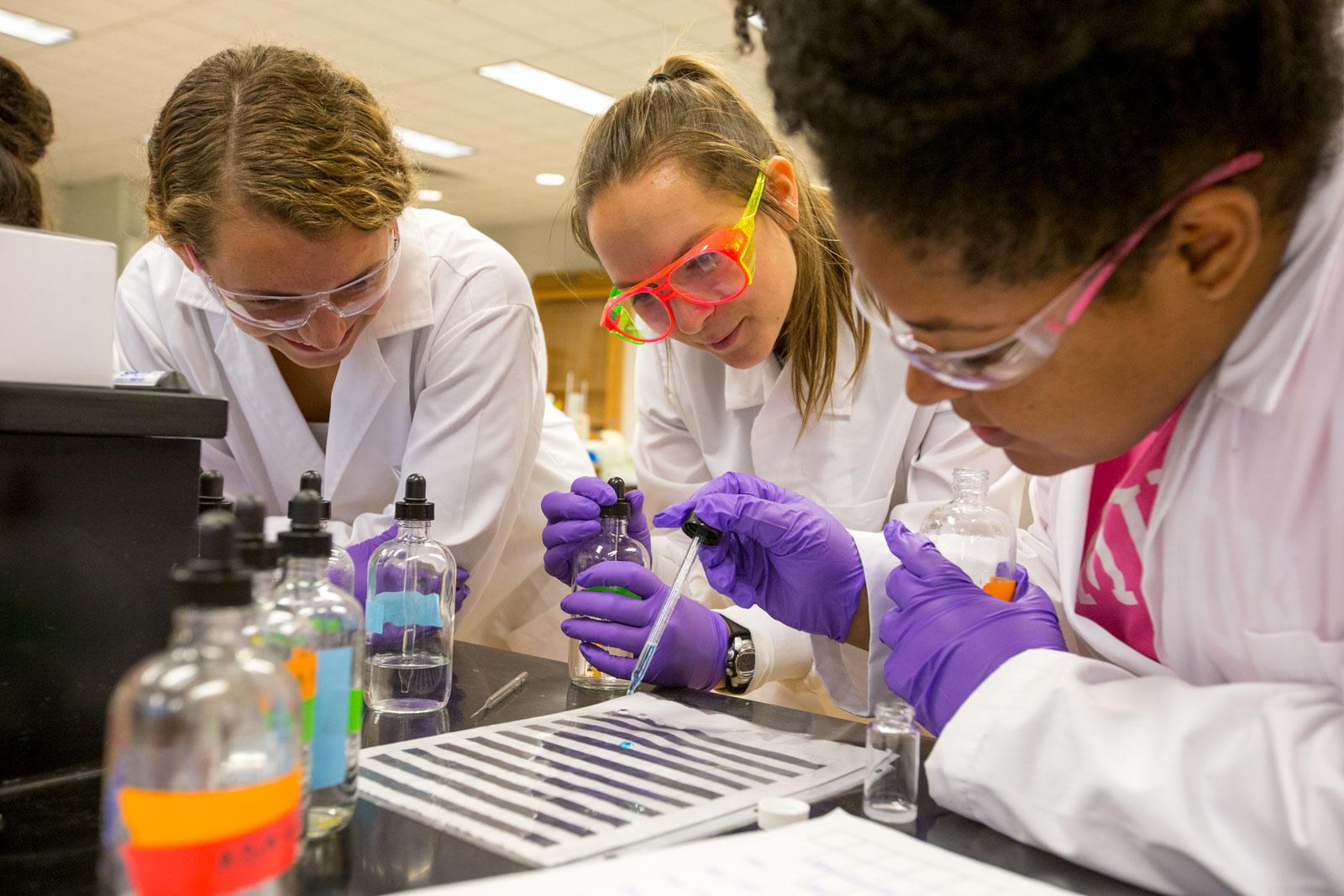 Chemistry - Hamilton College Areas of Study