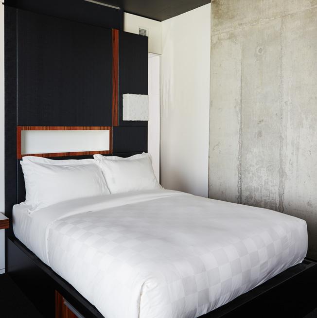 H tel alt montr al r servation chambre un lit h tel for Chambre hotel reservation