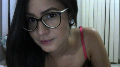 Live Webcam chat with cecilia